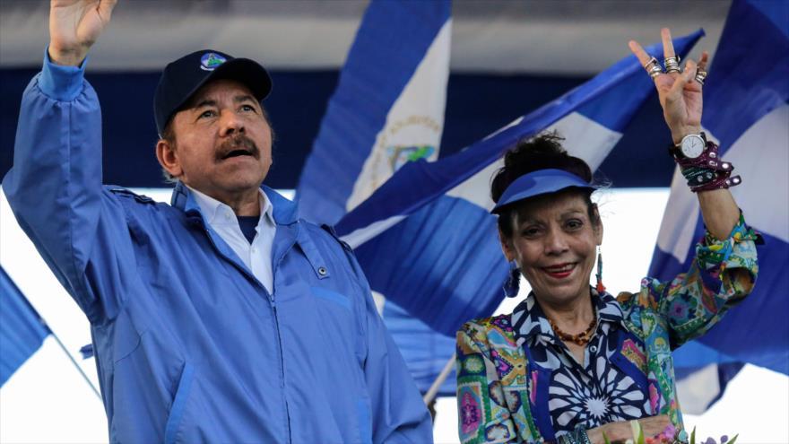 Sandinistas marchan mostrando su respaldo a Ortega en Nicaragua