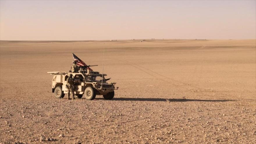 Un coche blindado de las fuerzas de EE.UU. en la región de Al-Tanf, en el extremo suroriental de la provincia siria de Homs, 7 de agosto de 2018.