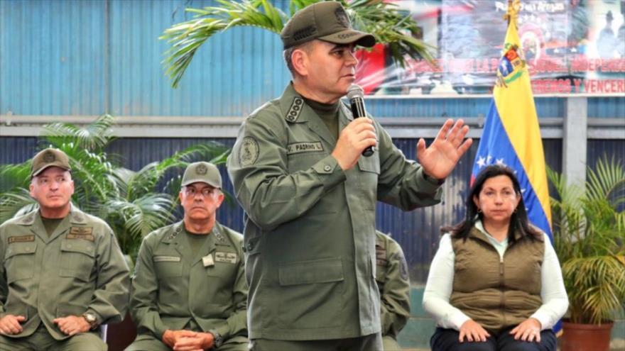 Padrino López: Venezuela es víctima de la violencia colombiana