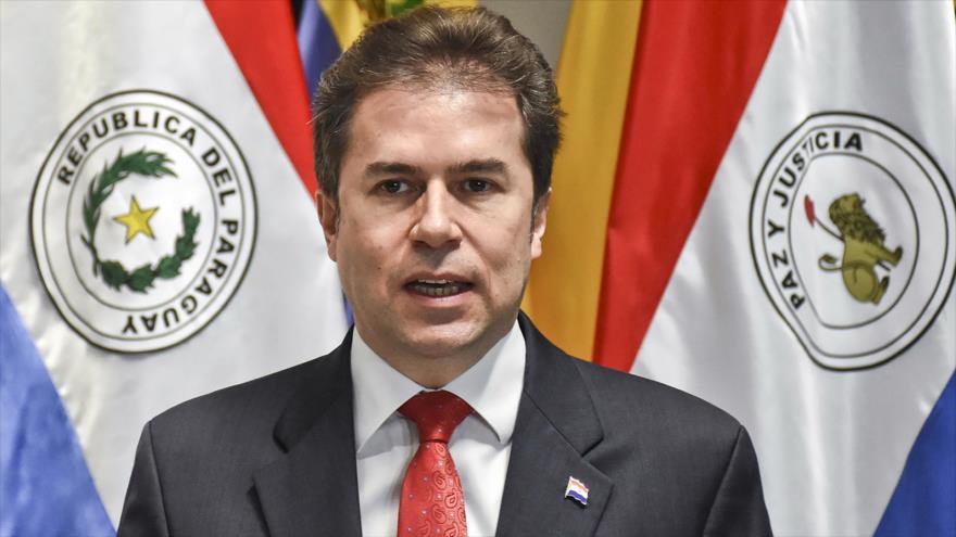 El canciller de Paraguay, Luis Alberto Castiglioni, durante una conferencia de prensa en Asunción, 5 de septiembre de 2018. (Foto: AFP).