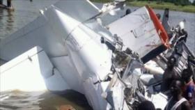 Avión sursudanés se estrella con unas 20 personas a bordo