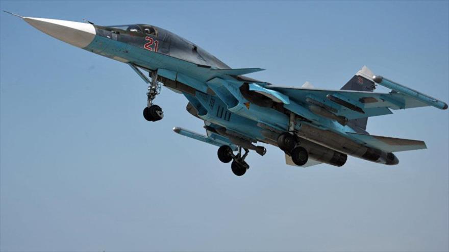 Cazas rusos se unen a sirios contra terroristas en Idlib y Hama