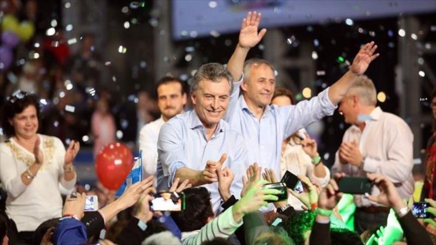 El entonces candidato de Cambiemos para las presidenciales de Argentina, Mauricio Macri, en un mitin de su partido celebrado en Córdoba en 2015.