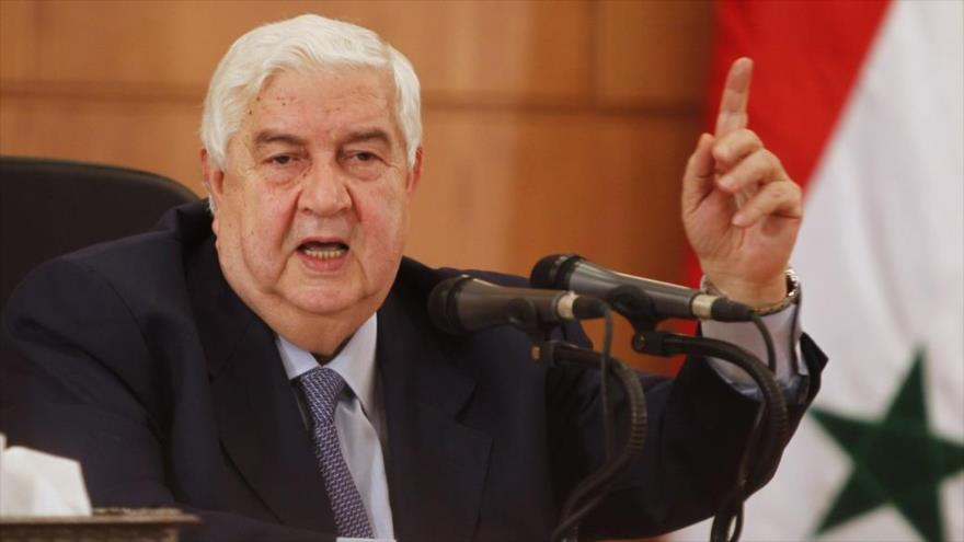 El ministro sirio de Asuntos Exteriores, Walid al-Moalem, habla en un acto oficial en Damasco, la capital siria.
