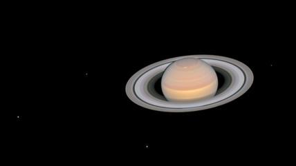 Hubble capta imagen espectacular de Saturno y seis de sus lunas