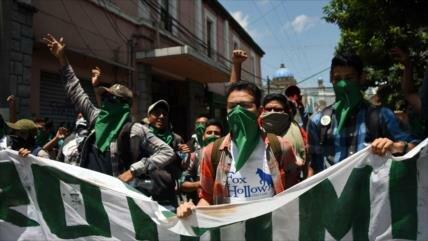 Vídeo: Guatemaltecos protestan contra el presidente Morales