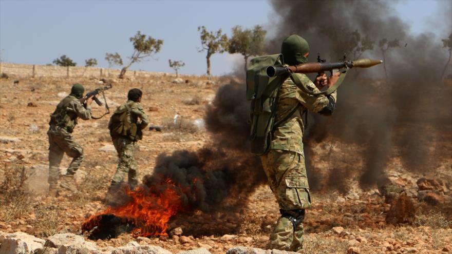 Los 'rebeldes' realizan un ejercicio militar en la provincia siria de Idlib, 11 de septiembre de 2018. (Foto: AFP)