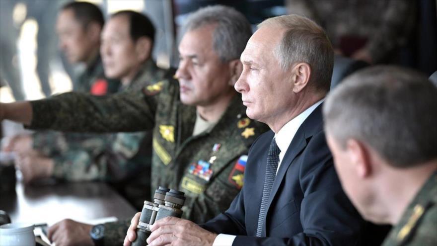 Putin asegura que Ejército ruso contrarrestará amenazas bélicas