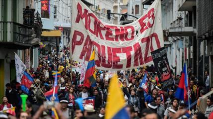 Ecuatorianos marchan masivamente contra el Gobierno de Moreno