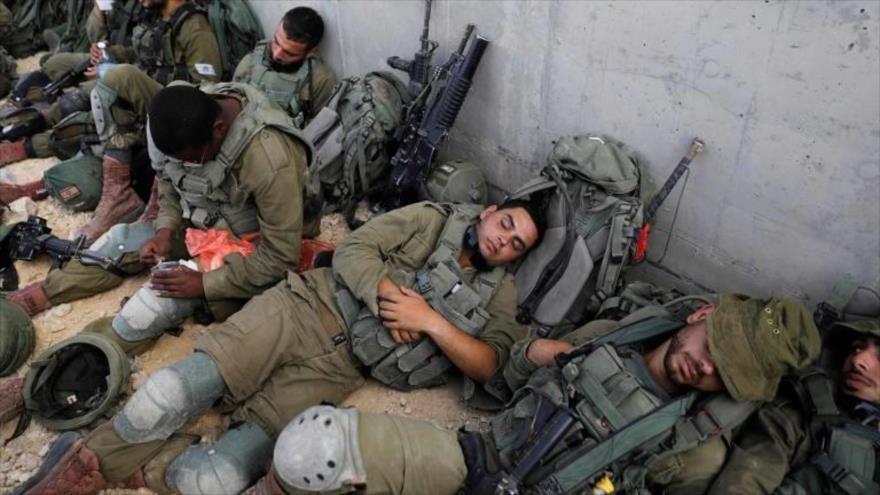 Fuerzas israelíes durante un ejercicio militar en la base de Tzeelim en el centro de territorios ocupados, 3 de julio de 2018. (Foto: AFP)