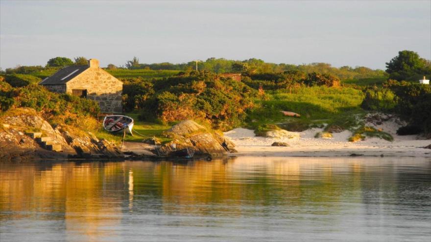 La pequeña isla escocesa de Gigha (el Reino Unido).