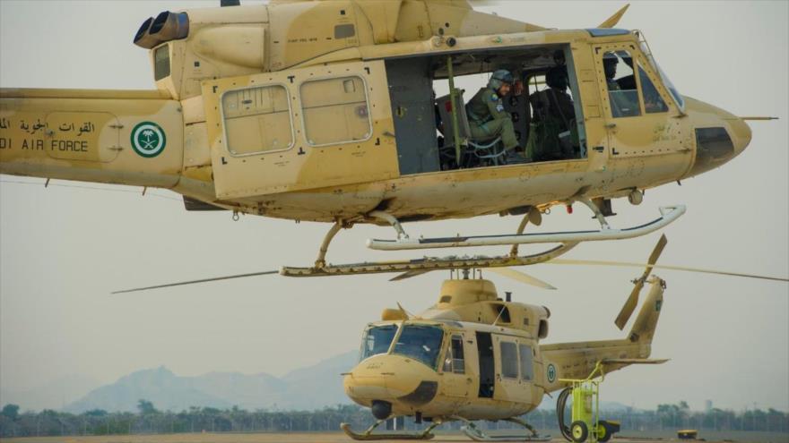Mueren dos pilotos al estrellarse un helicóptero saudí en Yemen