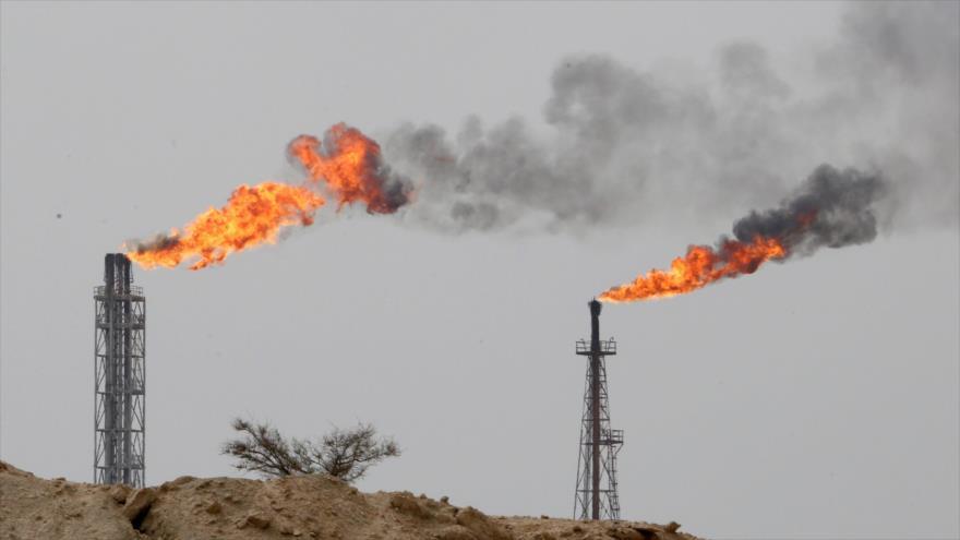 Irán: Fracasará el plan de EEUU para impedir venta de crudo iraní