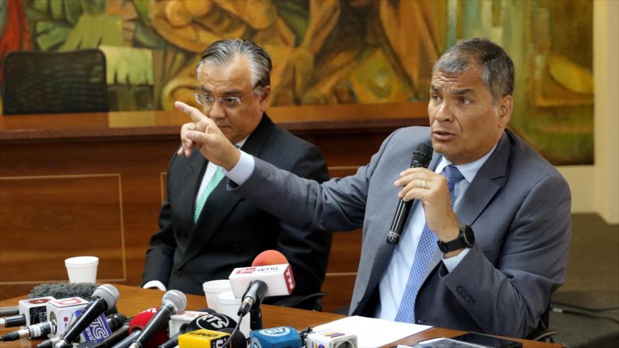 El expresidente ecuatoriano Rafael Correa durante una rueda de prensa en Guayaquil, 5 de febrero de 2018. (Foto: AFP)
