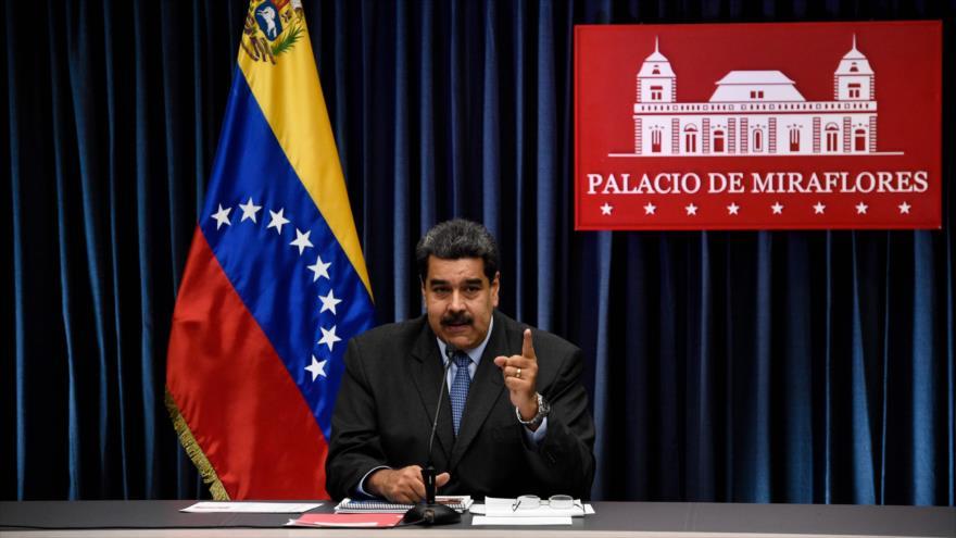 Nicolás Maduro, presidente de Venezuela, habla con la prensa en el Palacio de Miraflores, Caracas, 18 de septiembre de 2018. (Foto: AFP)