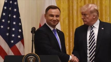 Trump evalúa establecer base permanente de EEUU en Polonia