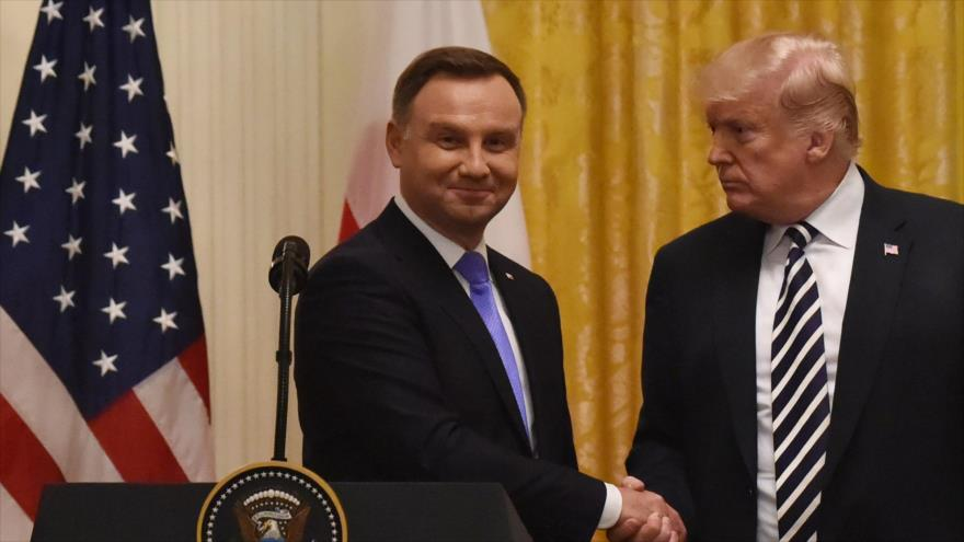 Trump evalúa establecer base permanente de EEUU en Polonia | HISPANTV