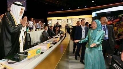 Saudíes enviaron en secreto toneladas de oro y relojes Rolex a MKO