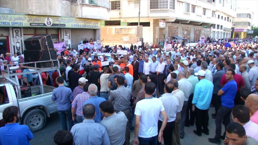 Palestinos en Gaza marchan contra corte de fondos de UNRWA