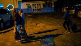Más de 3000 venezolanos vuelven por medidas impulsadas por Maduro
