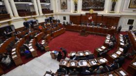 Congreso peruano aprueba el referéndum tras la amenaza de Vizcarra