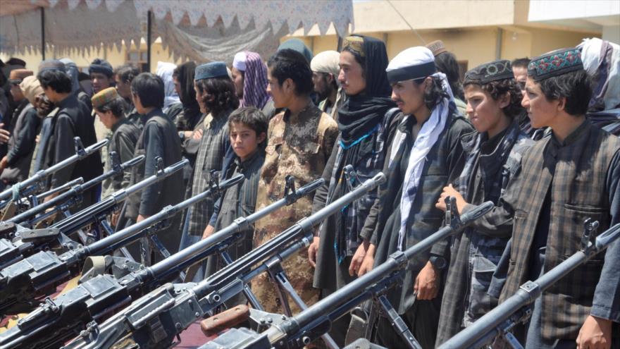 Integrantes del grupo terrorista EIIL (Daesh en árabe) detenidos por las fuerzas afganas.