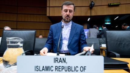 Irán lamenta comportamiento de EEUU en diálogos sobre pacto nuclear