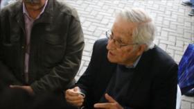 Noam Chomsky se solidariza con el expresidente brasileño, Lula