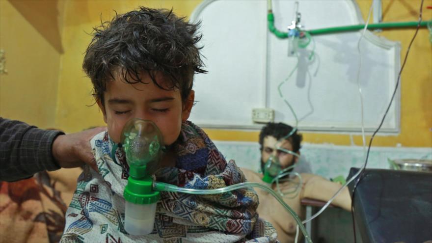 Filtran vídeo de falso ataque químico grabado por Cascos Blancos en Siria