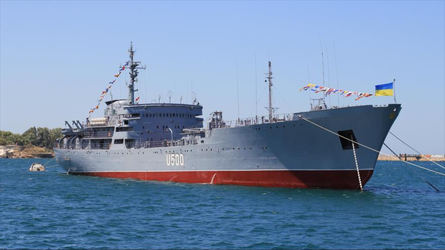 Un buque de la Armada de Ucrania modelo U-500 Donbas.