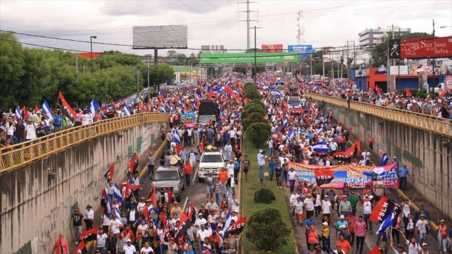 Una multitudinaria marcha por la paz y la justicia celebrada en Managua, la capital de Nicaragua, 22 de septiembre de 218. (Foto:AFP)