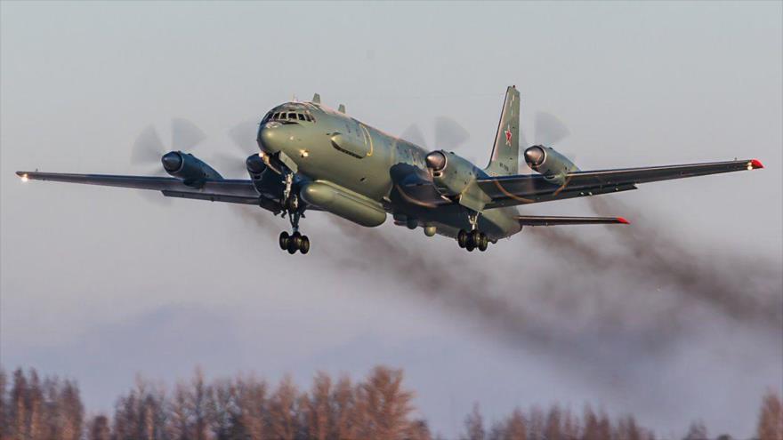 Un avión de reconocimiento Iliushin Il-20 Coot de las Fuerzas Aeroespaciales de Rusia.