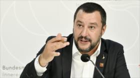 Italia declara la guerra a las oenegés que ayudan a refugiados