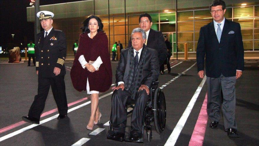 El presidente de Ecuador, Lenín Moreno (centro), rumbo a Nueva York, 22 de septiembre de 2018.