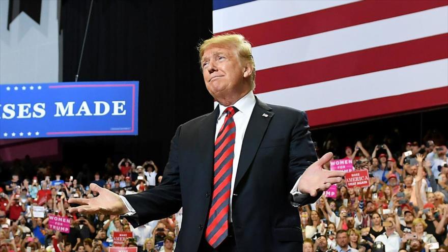 Sondeo: Mayoría de latinos votantes en EEUU desaprueba gestión de Trump