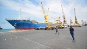 Arabia Saudí impide entrada de un barco con combustible a Yemen