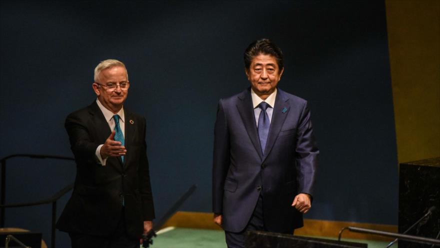 El premier nipón está abierto a reunirse con presidente norcoreano