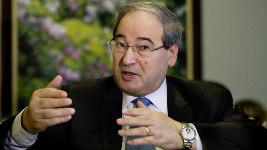 El viceministro de Exteriores sirio, Faisal al-Miqdad, durante una entrevista.