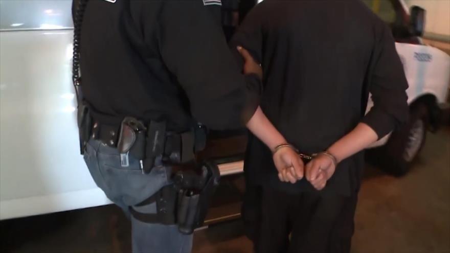 ICE arresta a custodios de niños separados en EEUU