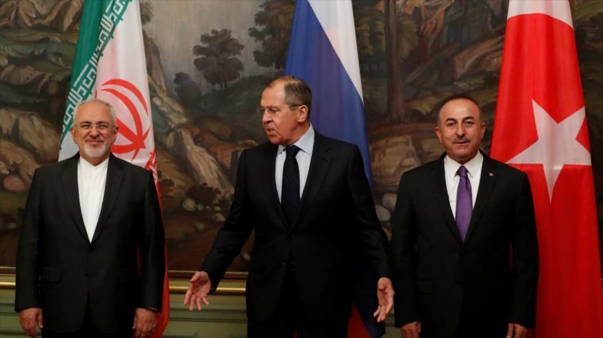 Irán, Rusia y Turquía reafirman apoyo al proceso de paz en Siria | HISPANTV