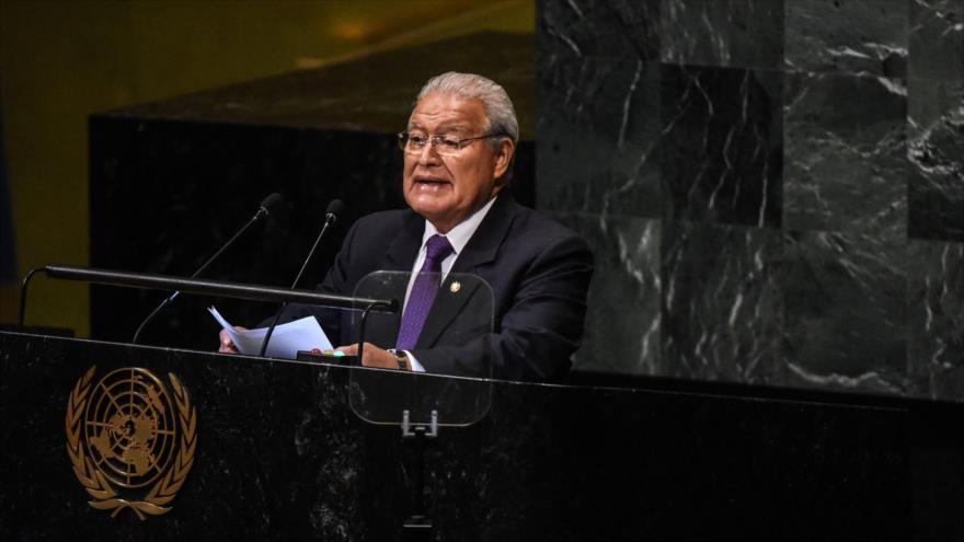 """El Salvador pide cesar el """"cerco económico"""" contra Venezuela"""