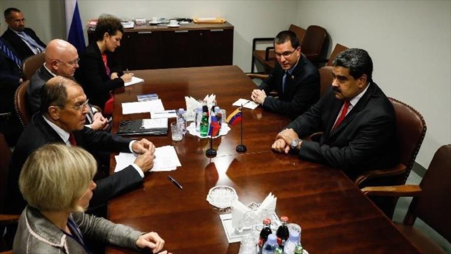 Rusia anuncia su disposición a apoyar iniciativas de Venezuela