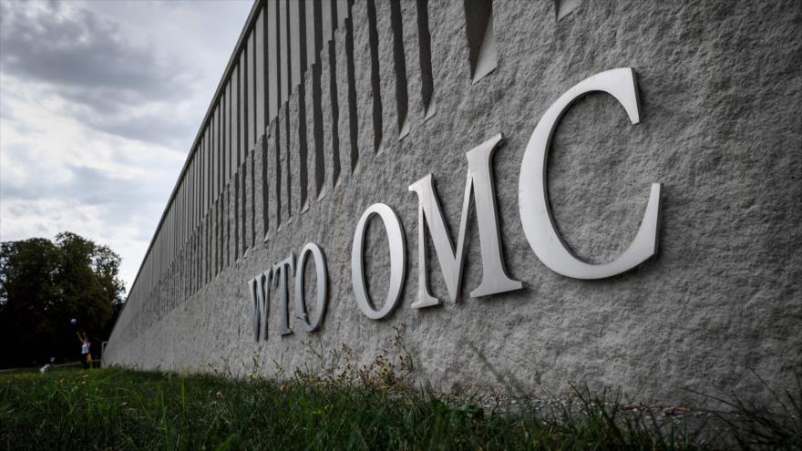 Siglas de la Organización Mundial del Comercio (OMC) en su sede en Ginebra, 21 de septiembre de 2018. (Foto: AFP)