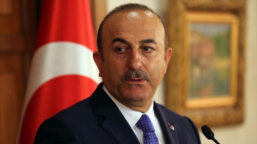Turquía a EEUU: Deje de armar a terroristas, elija a su bando | HISPANTV