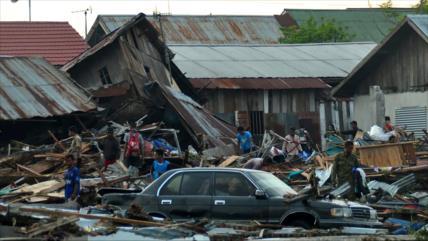 Cientos de muertos y heridos por terremoto y tsunami en Indonesia