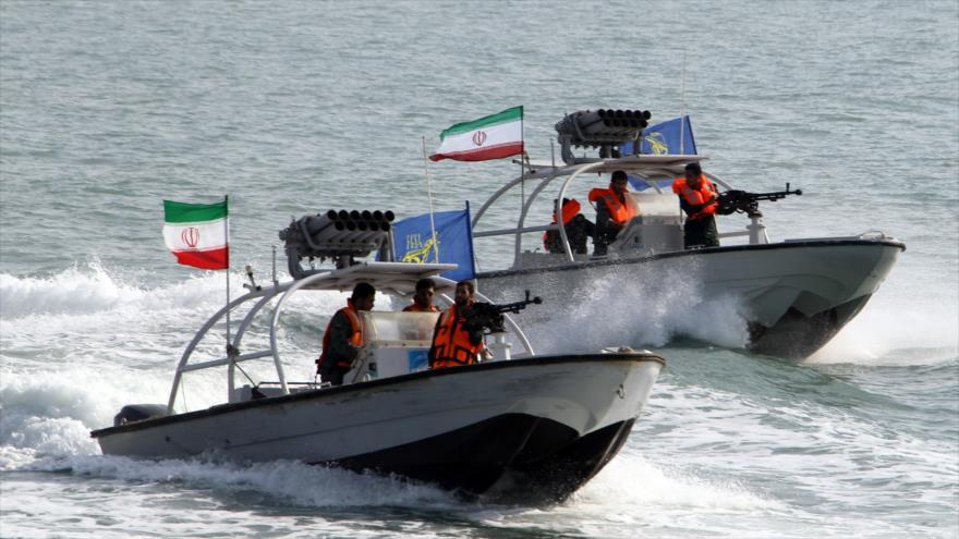 Cuerpo de Guardianes iza bandera iraní en destructor francés