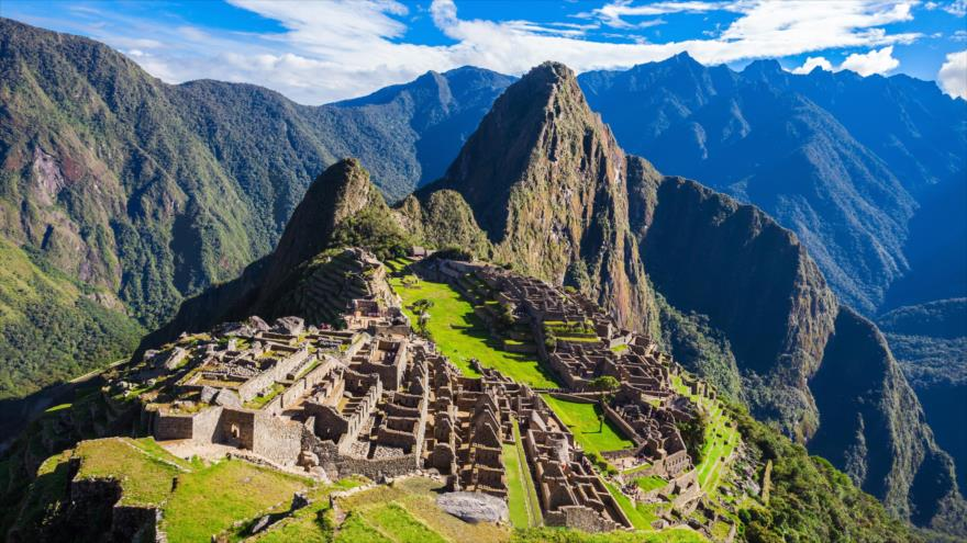 Descubren red de andenes bajo la Plaza Sagrada de Machu Picchu | HISPANTV