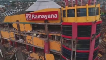Tragedia en Indonesia: 832 muertos por el terremoto y tsunami