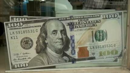 Dólar pierde valor a medida que la moneda iraní se recupera