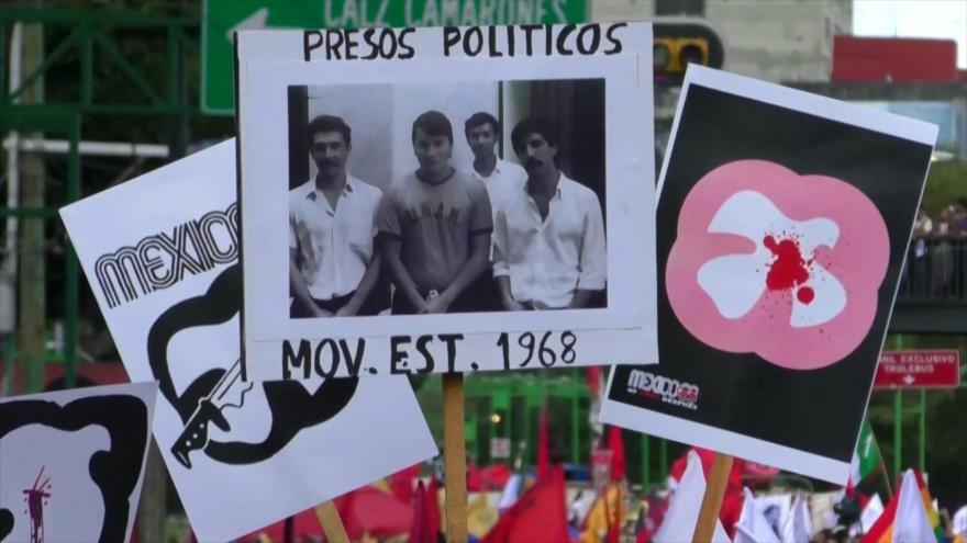 En México marchan 65 mil en 50 aniversario del 2 de octubre